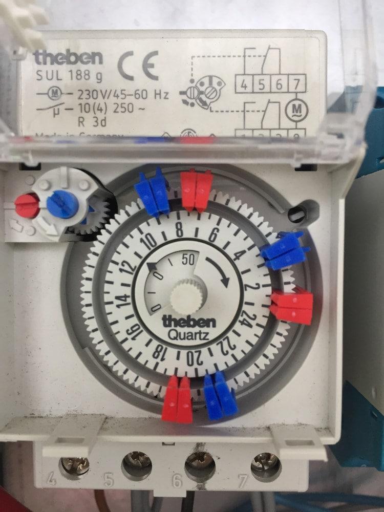 Steckreiter Zeitschaltuhr für automatische Heuraufe